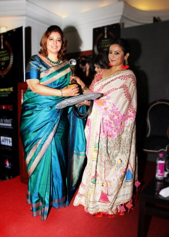 Richa Aggarwal with Divya Dutta (Small)