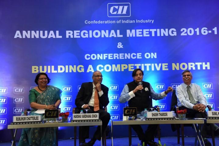 Shashi Tharoor at CII (Small)