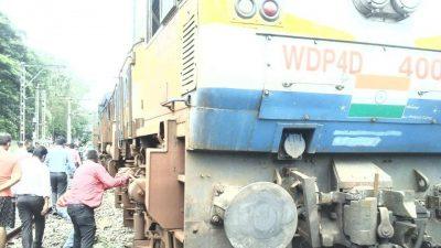 Mangala Express train derailed near Kalyan Railway Station Mumbai
