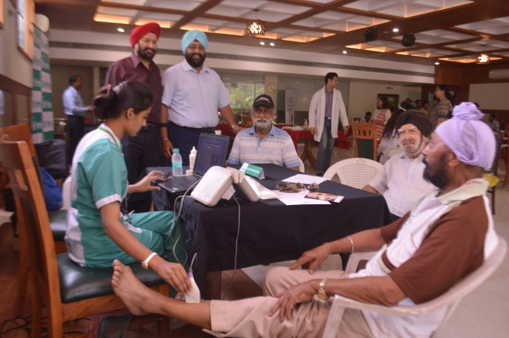 Free Multispecialty Health Camp by Fortis Hospital held at Golf Club,  Fortis Hosp/ital, Golf Club, Chandigarh Golf Club