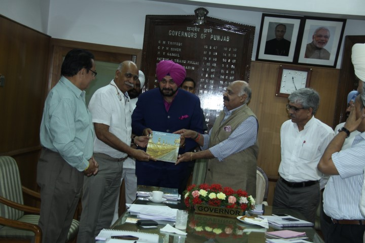Punjab Governor and Administrator UT Chandigarh Mr. V.P.Singh Badnore and Mr. Navjot Singh Sidhu, Tourism and Cultural Affairs Minister, Punjab