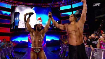 Khali aids Mahal to retain WWE title at WWE Battleground