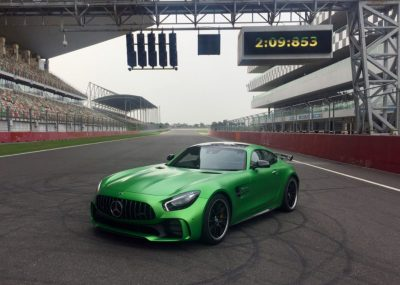 Mercedes-AMG GT R clocks the 'fastest lap ever