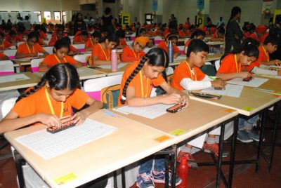 """700 Young fast human Calculators participate in """"SIP Punjab Prodigy 2017"""""""