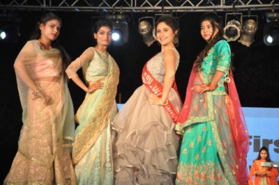 Kadam Ek Pehal' pays tribute to womanhood with a unique fashion walk by Acid attack survivors