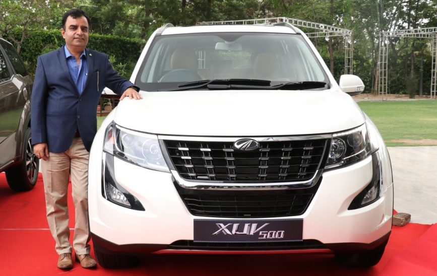 Mahindra launches Plush New XUV500